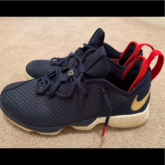 the latest 12d21 db2a7 Nike LeBron XIV Low Midnight Navy/Metallic Gold
